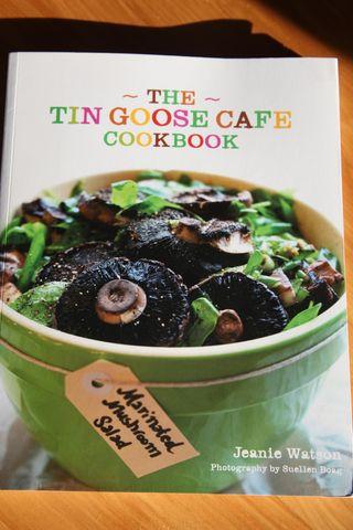 Tingoosebook